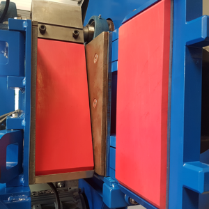 Jaw Crusher with PU coating jaw plates for contamination free crushing